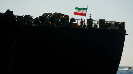 iran-sends-biggest-ever-fleet-of-oil-tankers-to-venezuela,-defying-us-sanctions-–-report