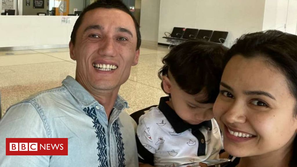 freed-uighur-family-reunited-in-australia-after-three-year-separation