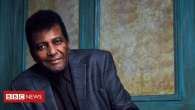 Photo of Charley Pride: Country music singer dies of Covid-19