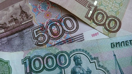 year-of-the-ruble:-commodities-to-push-russian-currency-higher-in-2021,-saxo-bank-predicts