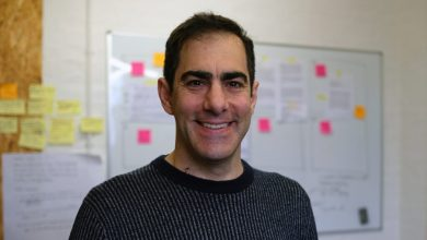 Photo of Brett Wigdortz, CEO and Founder of Tiney | Interview