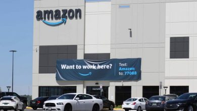 Photo of Amazon warehouse workers in Alabama allowed to vote on unionization, labor board rules