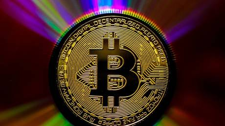 bitcoin-should-be-worth-$400,000-based-on-its-scarcity-–-guggenheim-cio