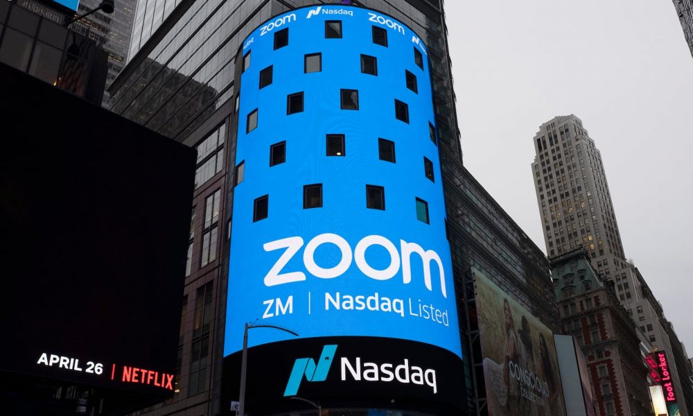 federal-prosecutors-accuse-zoom-executive-of-working-with-chinese-government-to-surveil-users-and-suppress-video-calls
