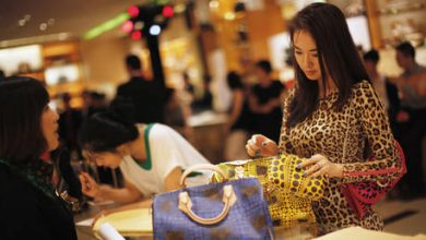 Photo of China's share of global luxury spending doubles amid coronavirus lockdown