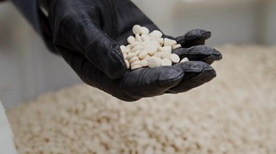the-drug-that-fuels-fighters-–-destroyed