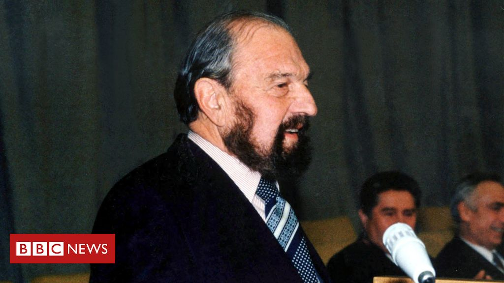 george-blake:-soviet-cold-war-spy-and-former-mi6-officer-dies-in-russia