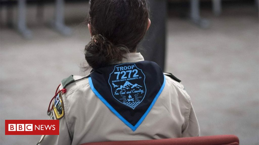 boy-scouts-of-america-accuse-girl-scouts-of-starting-'war'