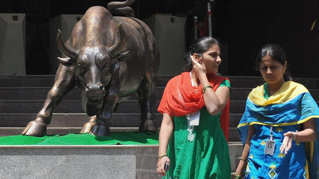 foreign-inflows-send-indian-stocks-to-new-highs-as-investors-shift-to-emerging-markets