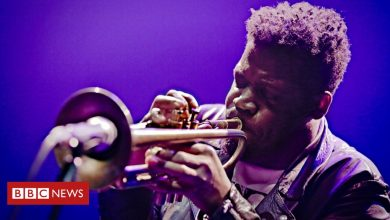 Photo of Keyon Harrold: Jazz trumpeter says son assaulted after false theft accusation