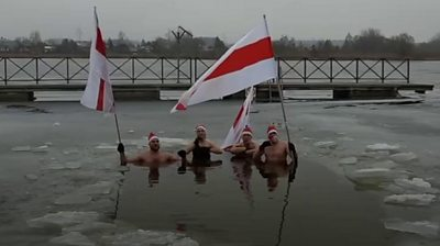 belarus-protests:-the-demonstrators-speaking-out-in-new-and-creative-ways