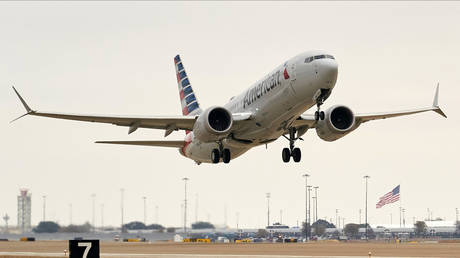 troubled-boeing-737-max-returns-to-us-skies-after-two-deadly-crashes