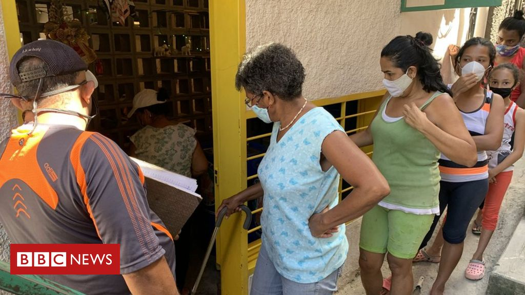 deepening-divisions:-venezuela's-haves-and-have-nots