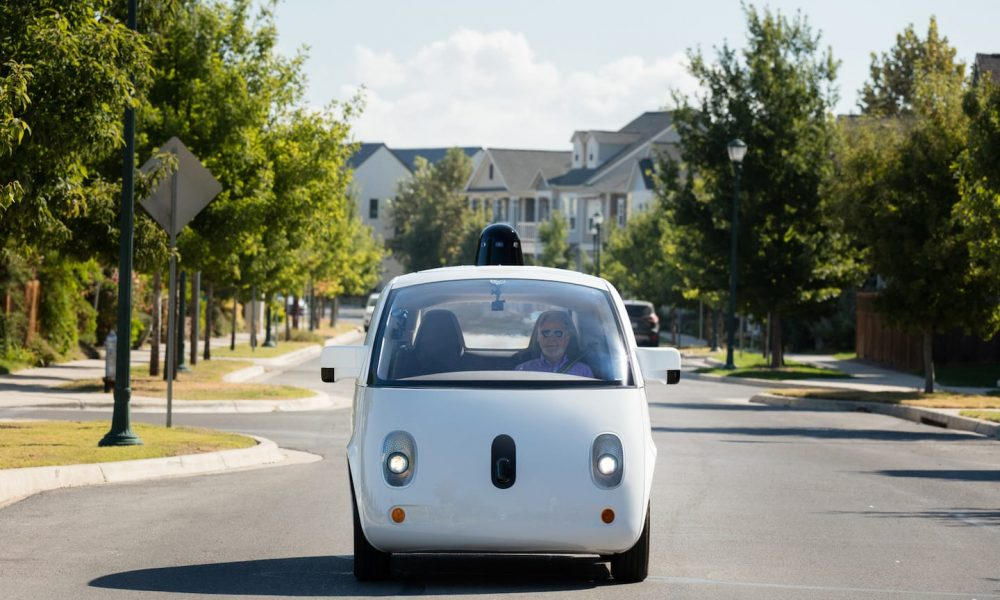 waymo-will-no-longer-say-'self-driving'-in-apparent-shade-to-tesla