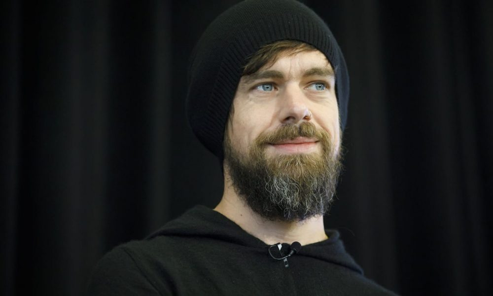 hundreds-of-twitter-employees-sign-letter-asking-jack-dorsey-to-permanently-suspend-trump's-account