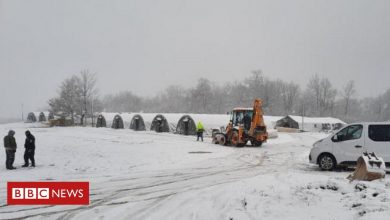 Photo of Bosnia: Icy struggle for many migrants stuck in freezing tents