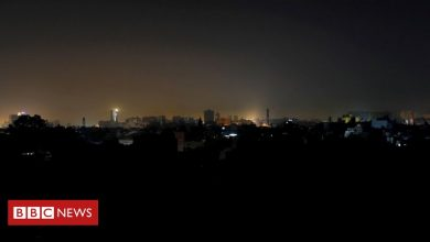 Photo of Pakistan power cut plunges country into darkness
