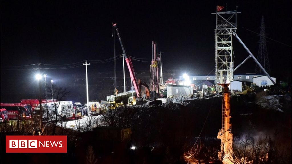 trapped-chinese-miners'-note-sparks-hopes-for-rescue