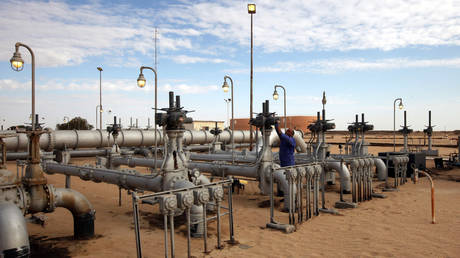 libya's-worn-out-pipelines-may-give-more-relief-to-battered-oil-market