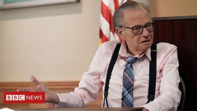 Photo of Larry King: US TV legend who hosted 50,000 interviews