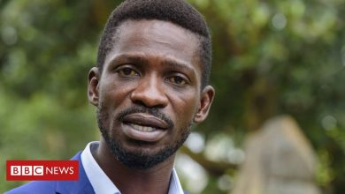 Photo of Uganda ordered to end Bobi Wine's house arrest