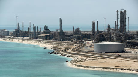 saudi-arabia-is-on-the-brink-of-losing-control-of-oil-markets
