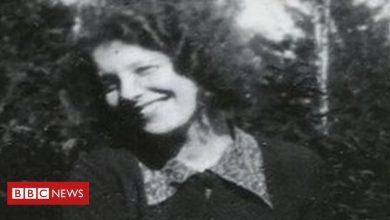 Photo of Holocaust Memorial Day: 'British citizenship saved my mother'