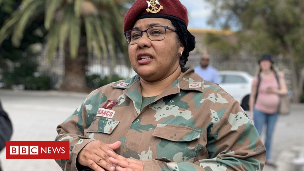 south-africa's-military-ends-hijab-ban-for-muslims