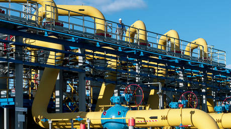 russia-ramps-up-natural-gas-supplies-to-china-via-power-of-siberia-mega-pipeline