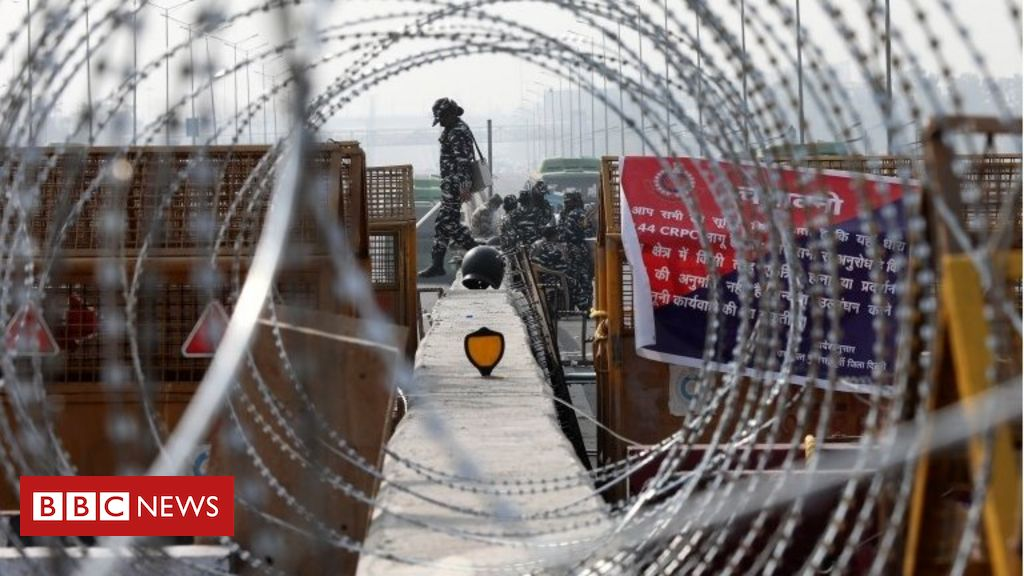 india-farmer-protests:-'war-like-fortification'-to-protect-delhi