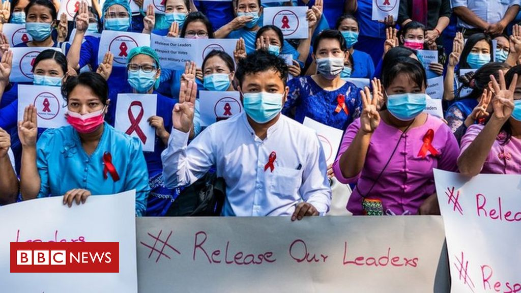 myanmar-coup:-teachers-join-growing-protests-against-military