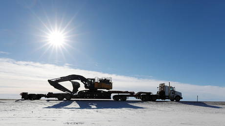 canada's-oil-heartland-wants-to-make-us-pay-for-scrapped-keystone-xl-pipeline