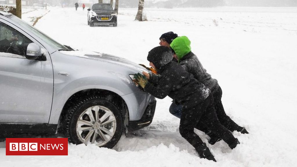 storm-darcy:-netherlands-hit-by-'first-major-snowstorm-in-decade'