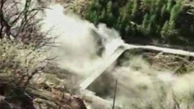 Photo of India floods: India dam swept away after glacier crashes into it