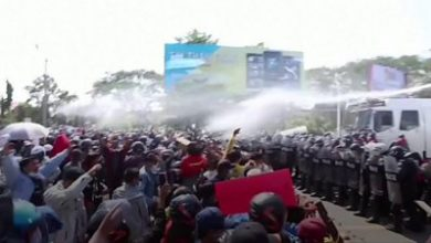 Photo of Myanmar coup: Police fire rubber bullets at protesters