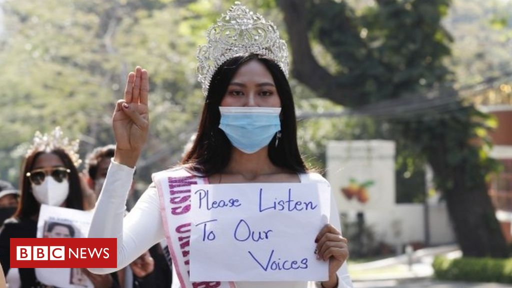 myanmar-coup:-pools-and-princesses-as-protesters-go-all-out
