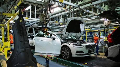 car-makers-slammed-by-semiconductor-shortage