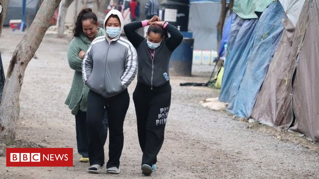 us-to-allow-in-thousands-of-asylum-seekers-waiting-in-mexico