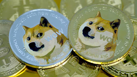 dogecoin-can-be-part-of-world-with-hundreds-of-reserve-currencies-–-analyst-to-boom-bust