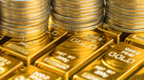 russia's-gold-&-foreign-currency-reserves-surge-by-over-$5-billion