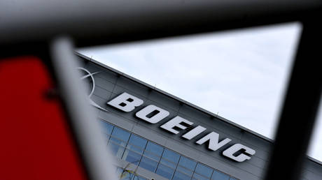 boeing-backs-decision-to-suspend-777s-with-p&w4000-engines-by-us-and-japan,-recommends-airlines-follow-suit