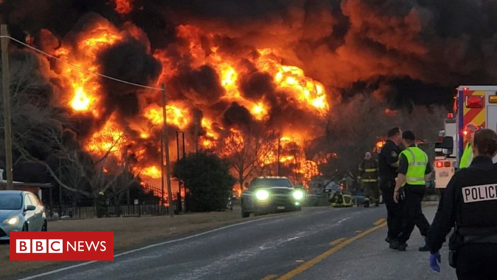 texas-train-carrying-fuel-in-flames-after-crossing-collision