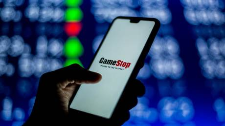 short-sellers-lose-another-$2-billion-on-gamestop-as-independent-traders-take-on-wall-street-again