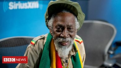 Photo of Bunny Wailer: Reggae legend who played with Bob Marley dies, aged 73