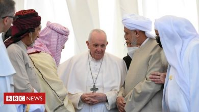 Photo of Pope Francis denounces extremism on historic visit to Iraq