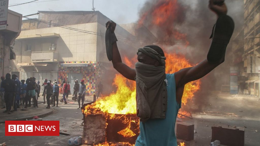 senegal-protests:-the-country-is-'on-the-verge-of-an-apocalypse'