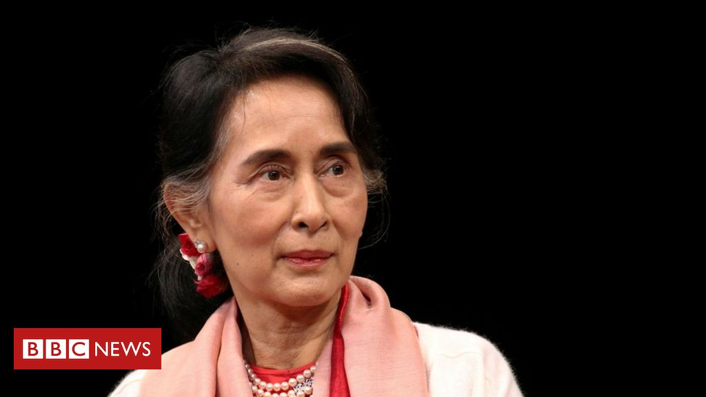myanmar's-military-accuses-suu-kyi-of-taking-$600,000-and-gold