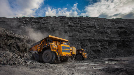russia-looks-to-replace-banned-australian-coal-exports-to-china