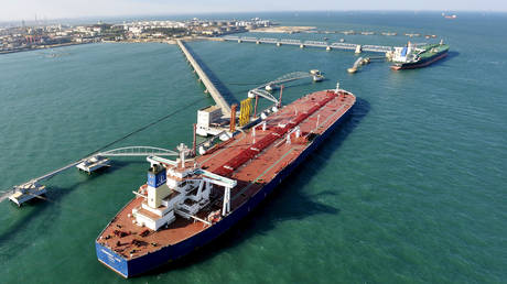 china-ramps-up-oil-imports-from-iran