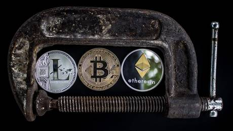 india-considering-total-ban-on-cryptocurrencies-–-media